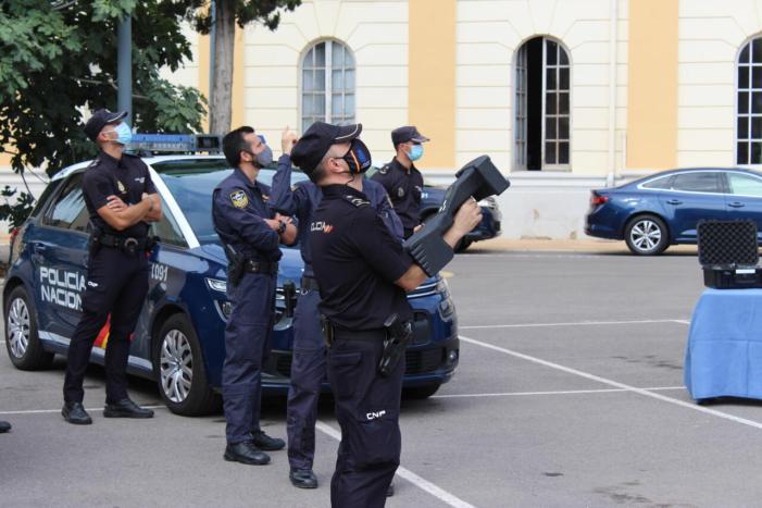 La Policia Nacional estableix un dispositiu global amb motiu de la celebració de les Falles