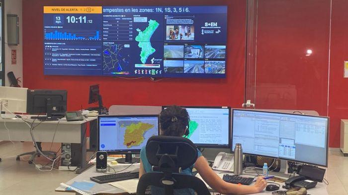 La Generalitat avança en el desenvolupament del sistema d'alertes públiques a través de mòbils en grans catàstrofes i emergències