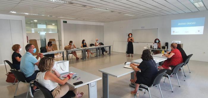 Torrent rep 27.214 euros per les seues iniciatives contra la violència de gènere