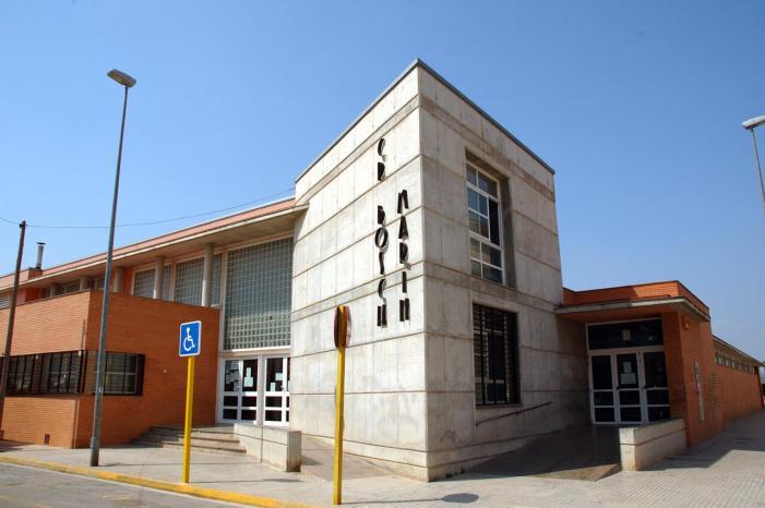 L'Ajuntament de Carlet amplia el servei de neteja i desinfecció en l'horari lectiu als centres educatius