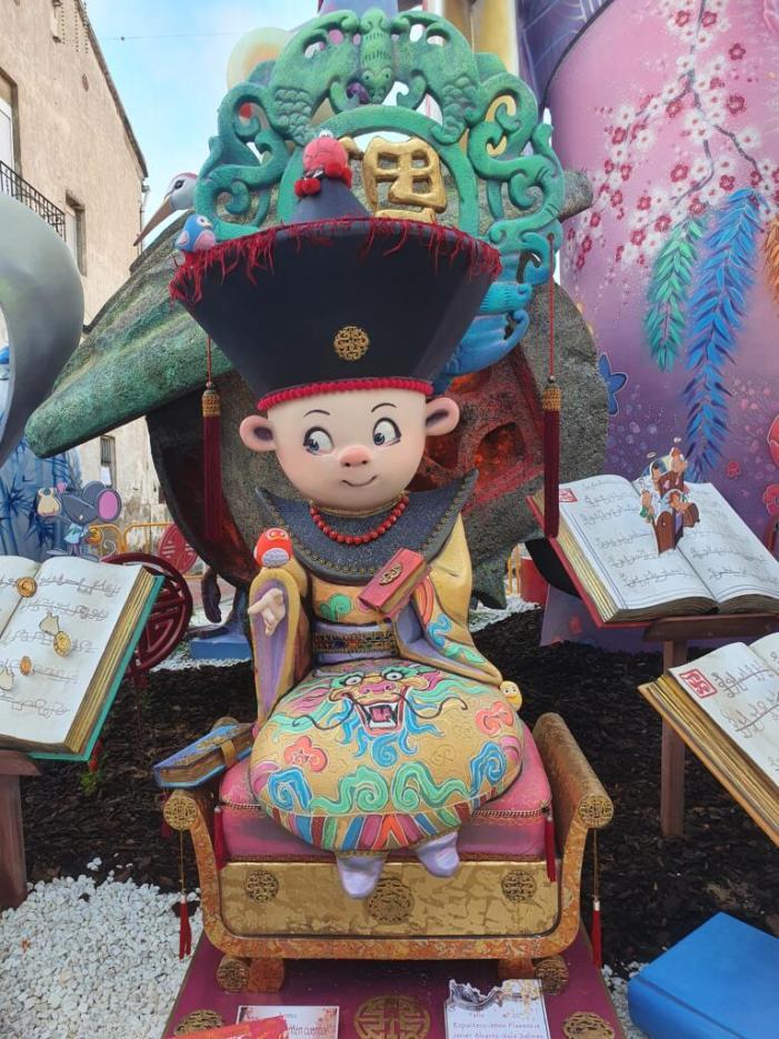 Cristóbal Sorní, en monuments grans, i Llibertat, en infantils, s'alcen com a guanyadores a Burjassot