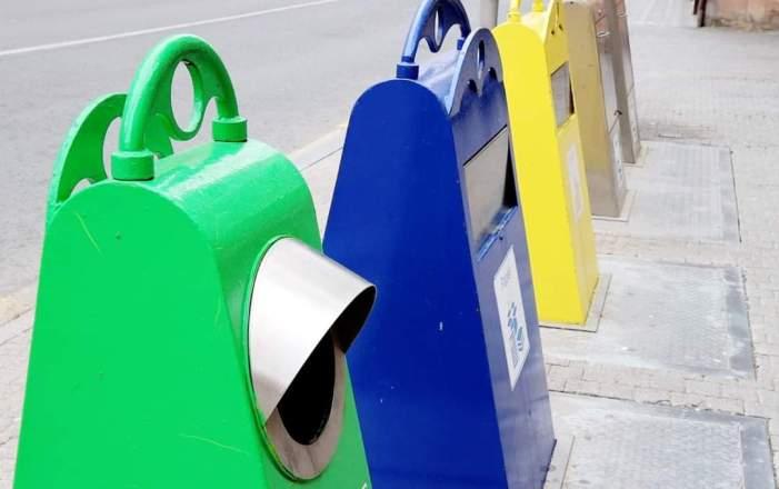 L'Ajuntament d'Alaquàs està reagrupant en illes tots els contenidors del municipi per a facilitar el reciclatge a la ciutadania