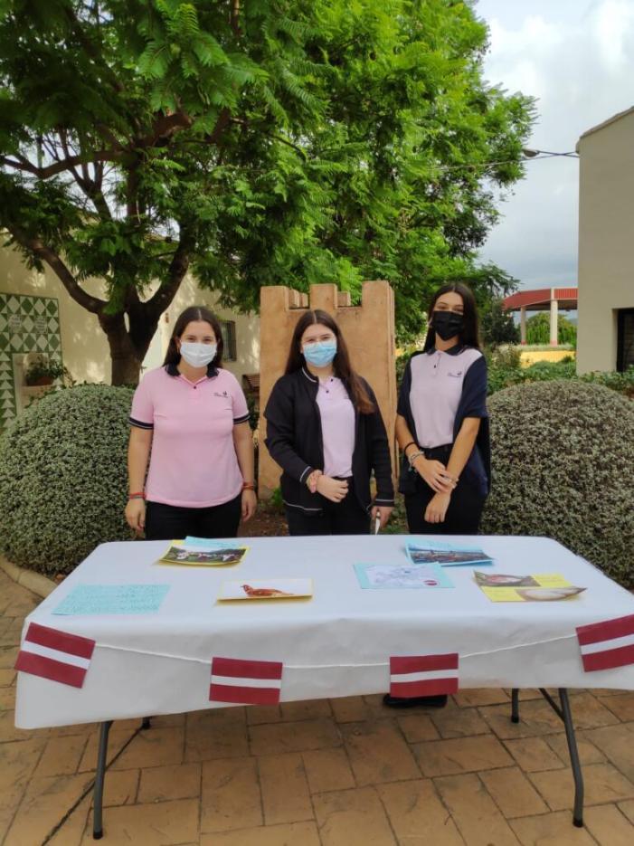 EFA Torrealedua celebra el dia europeu de les llengües amb activitats interactives
