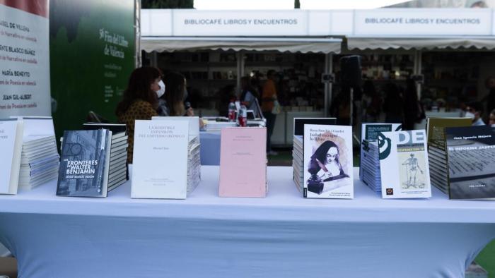 La Fira del Llibre, escenari de la presentació dels Premis Literaris Ciutat de València
