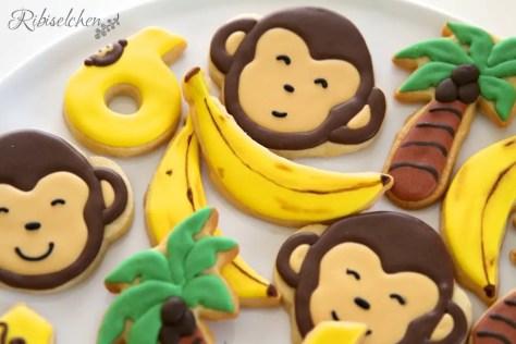 mit Royal Icing verzierte Dschungelkekse für die Dschungelparty Süßigkeiten