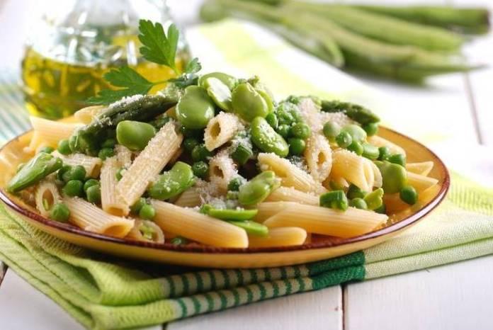 Pasta con Fave, Piselli e Asparagi