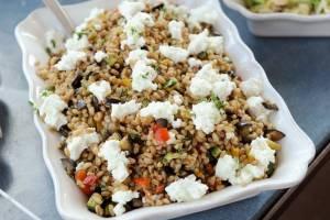 insalata di farro, verdure ed orzo
