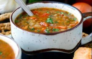 Ricette di Capodanno, la zuppa di lenticchie alla paprika