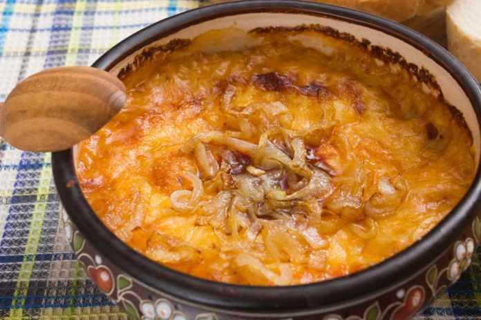 Zuppa di cipolle gratinata con Bimby