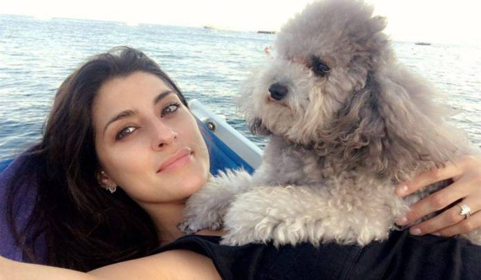 Elisa Isoardi attaccata da un gabbiano - ricettasprint.it