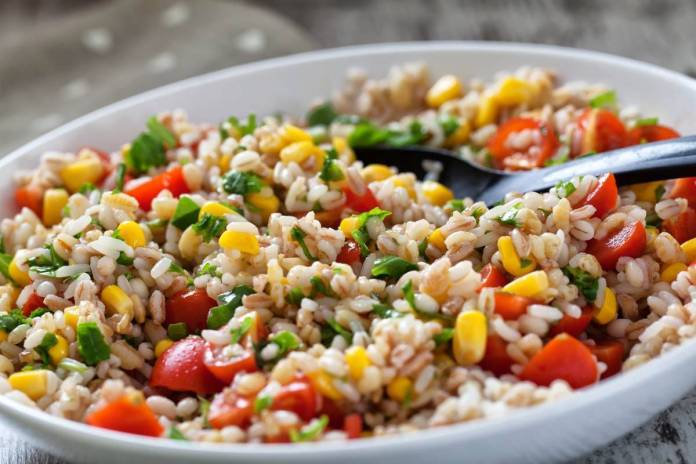 Insalate di cereali estive, tutte le ricette leggere con gusto