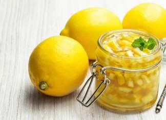 Marmellata di limoni con scorzette