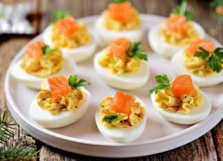 Uova sode ripiene con formaggio
