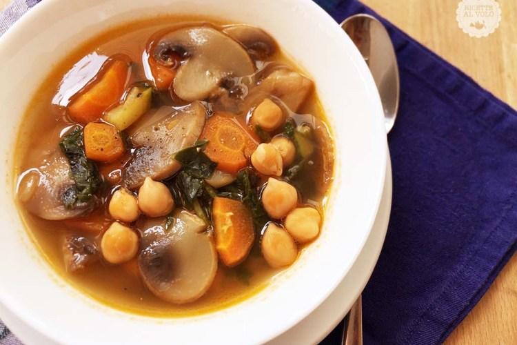 Zuppa di ceci e verdure