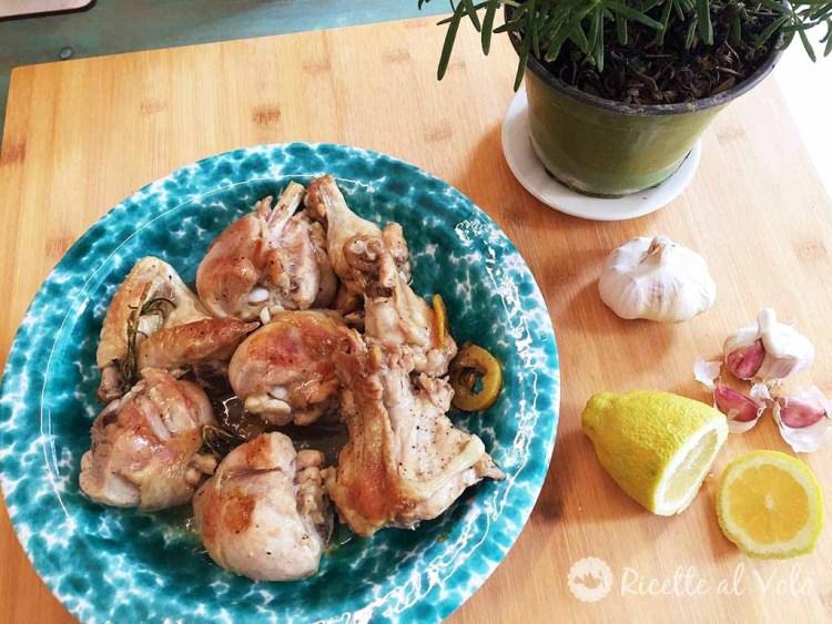 pollo in padella al rosmarino