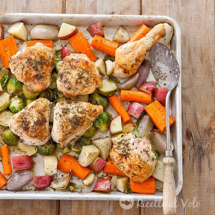 Pollo al forno con patate e verdure