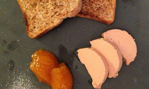 Fois gras su lastra di ardesia