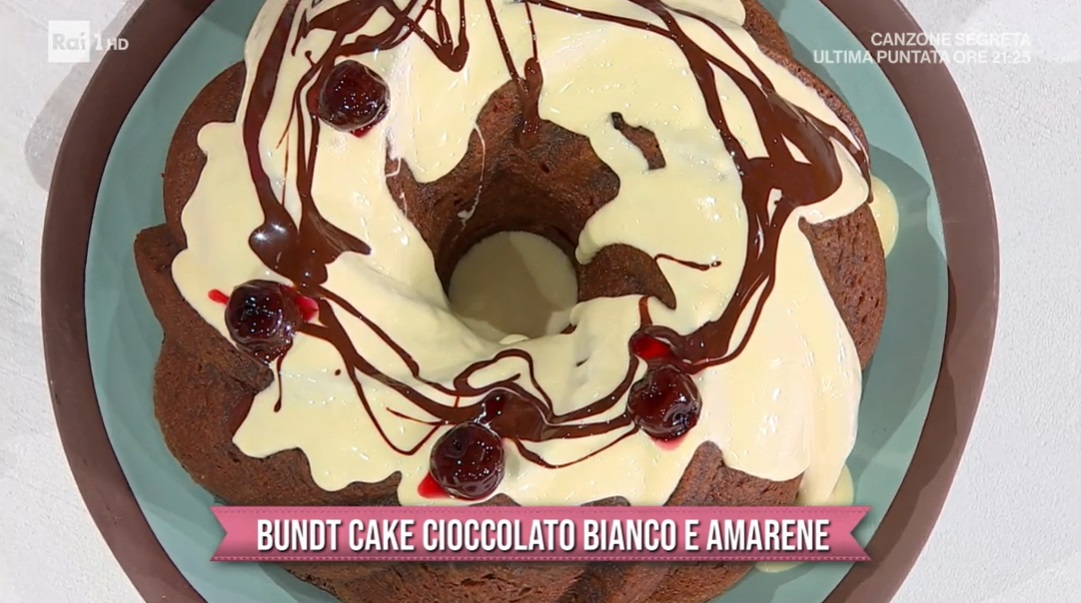 bundt cake cioccolato bianco e amarene di zia Cri