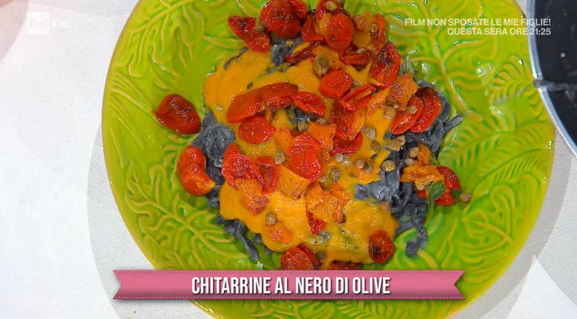chitarrine al nero di olive di Antonella Ricci