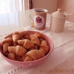 Cornettini integrali allo yogurt | Mini yogurt croissant