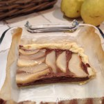 Torta di pasta sfoglia, pere e cioccolato | Pear & chocolate puff tart {vegan recipe}