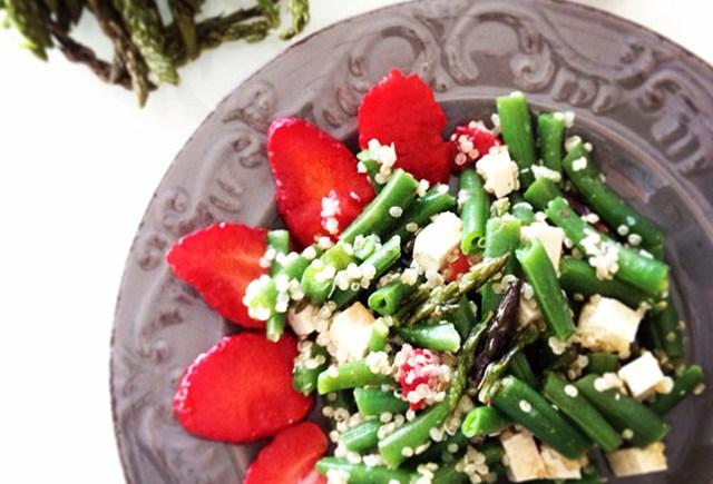 quinoa tofu insalata salad vegan