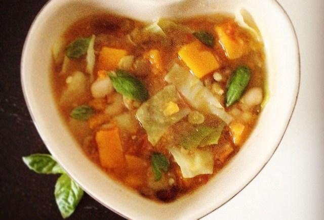 vegan pulses squash miso soup zuppa legumi zucca