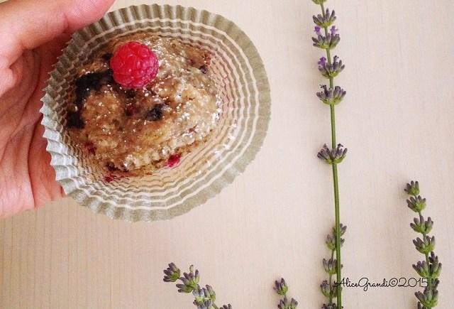 tortine semi di chia nocciole frutti di bosco vegan cakes
