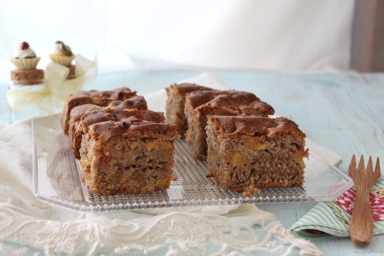 torta-integrale-soffice-pesche-senza-latte-uova-burro-vegan-peach-cake