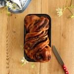 Pan brioche di farro al cioccolato {senza uova} | Brioche chocolate spelt bread