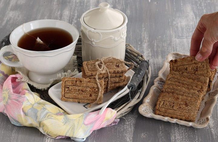 biscotti-vegan-senza-zucchero-burro-uova-glutine-basic-healthy-cookies