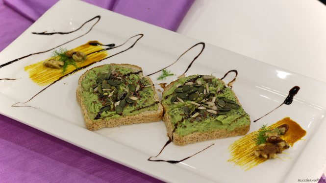 avocado-toast-gustosano