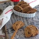 Pane dolce integrale con lievito madre | Whole wheat sweet sourdough bread {vegan recipe}