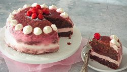 torta-red-velvet-vegana-senza-glutine