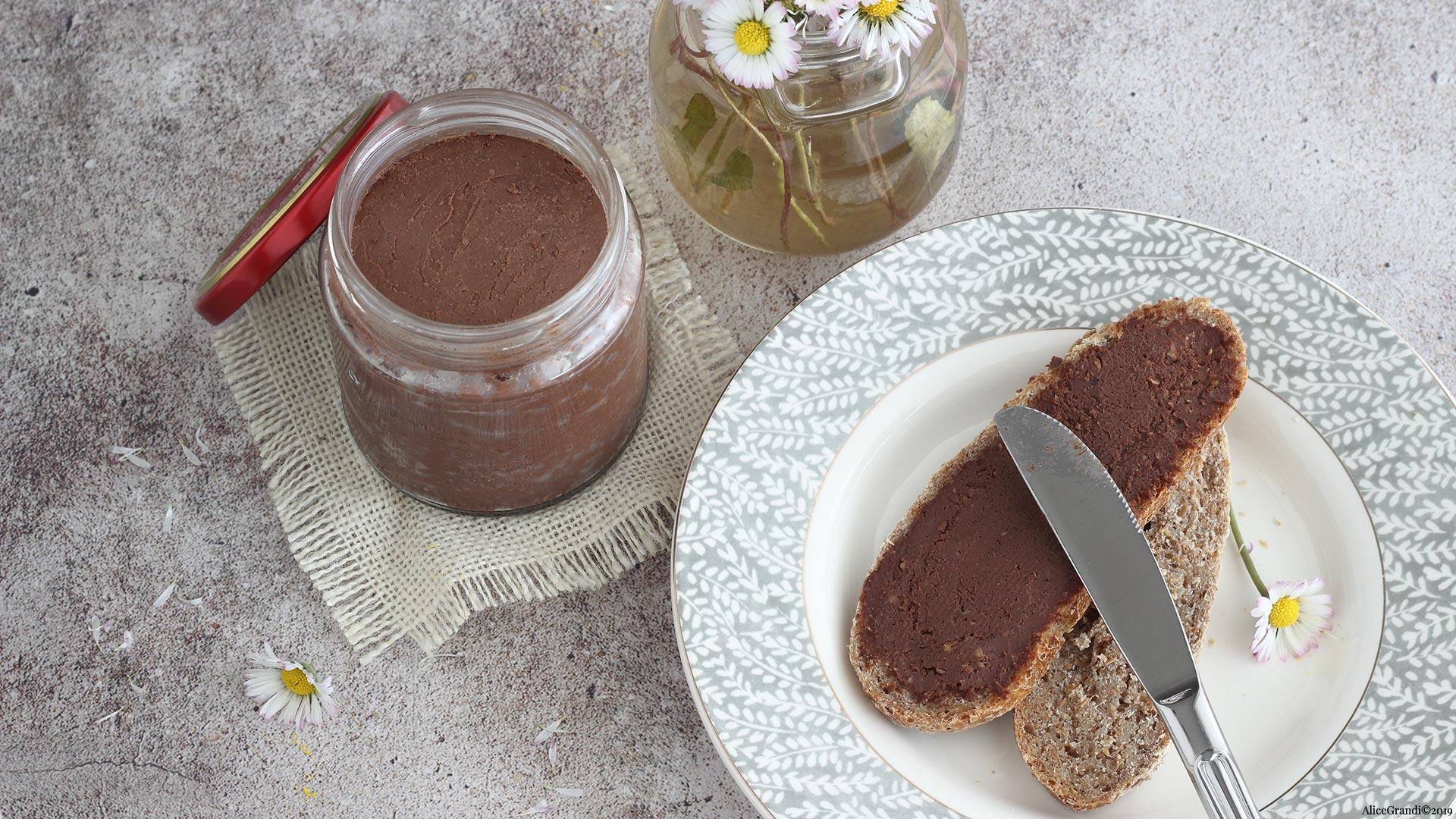 Ricetta Nutella Senza Nocciole.Nutella Proteica Senza Latte Nutella Fatta In Casa Vegan E Salutare Ricettevegolose