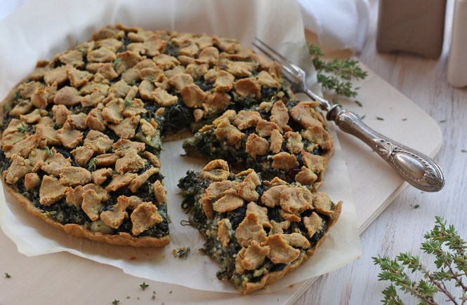 torta-salata-spinaci-pomodori-secchi-vegan