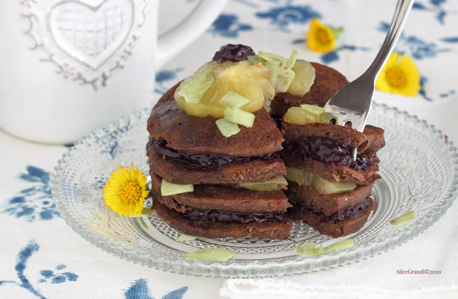 pancakes-proteici-cacao-senzaglutine