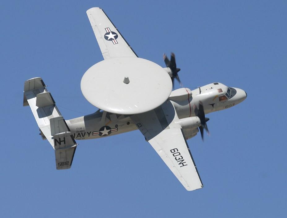 https://i1.wp.com/www.richard-seaman.com/Aircraft/AirShows/PointMugu2004/Highlights/E2cBanking_1.jpg
