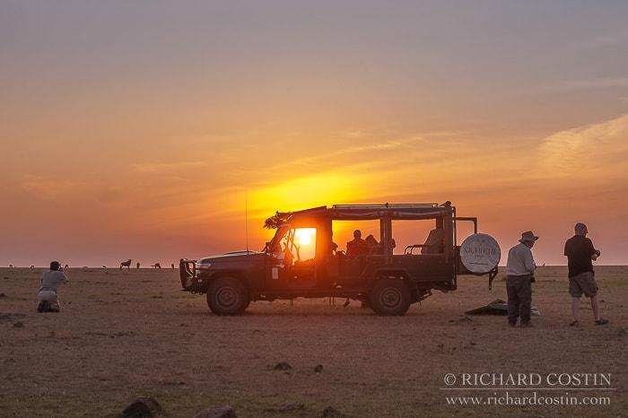 4x4 safari vehicle for photography