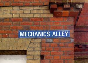 Mechanics-Alley-e-©