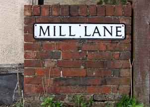 Mill-Lane---Wickham---April-'09-06-e-©