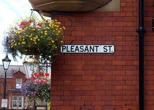 Pleasant-Street