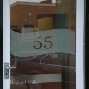 55 Buckhurst Hill 006 esq © resize
