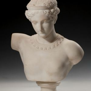 ANTIQUE MARBLE BUST OF A YOUNG WOMAN