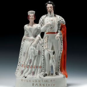 ANTIQUE STAFFORDSHIRE FIGURE KING & QUEEN SARDINA