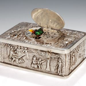 ANTIQUE SILVER SINGING BIRD BOX BY GRIESBAUM