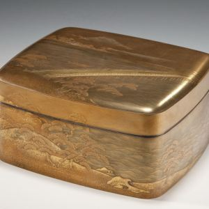 ANTIQUE SUPERB JAPANESE GOLD LACQUERED WRITING PAPER BOX