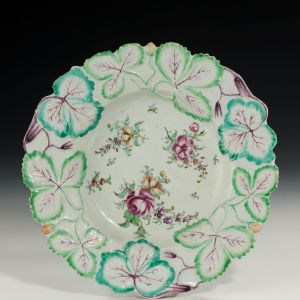 ANTIQUE LONGTON HALL STRAWBERRY LEAF PORCELAIN PLATE