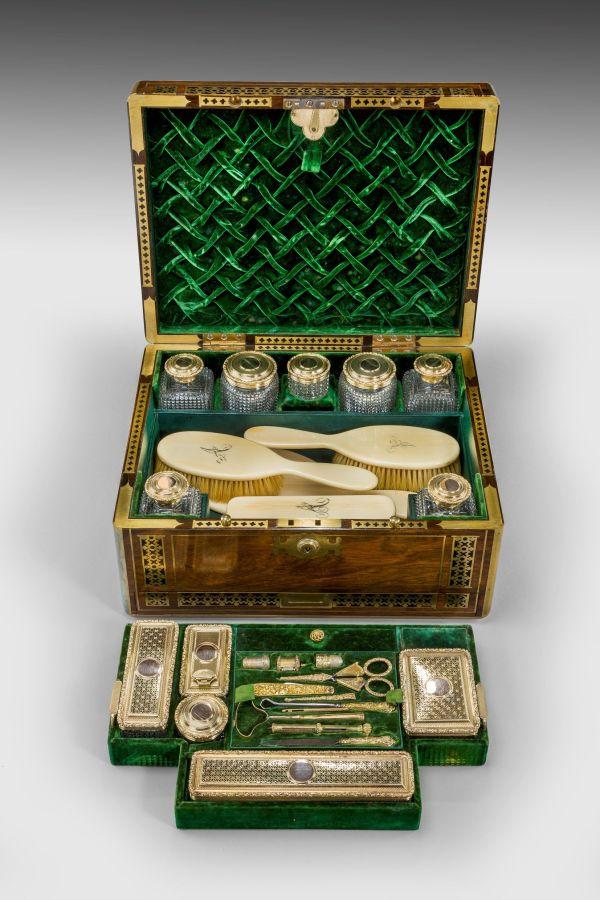 Dressing-vanity-case-antique-wilson-co-Ogilvy-Fraser-656_10Mar14_5825