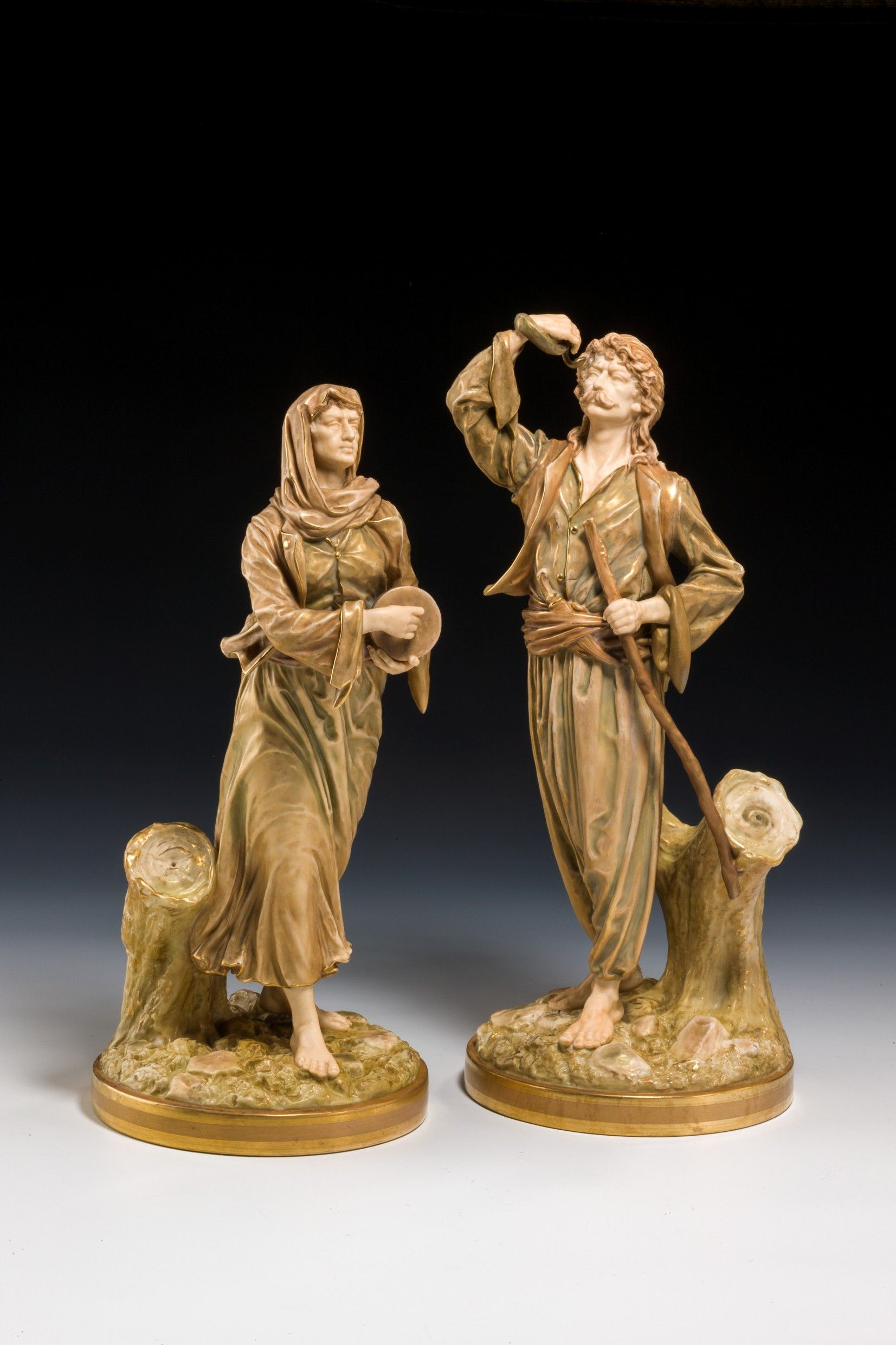 dating royal worcester figures Dating royal worcester marks finely modelled figurines in c1896 backstamps and wileman best message to send online dating backstamps about royal worcester.